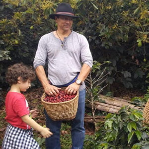 An interview with Francini: Colombian coffee grower and owner of Francini's Café De Colombia