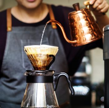 How To Use a V60 Drip Coffee Maker